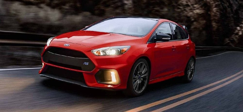 2018 ford focus st vs 2018 ford focus rs what 39 s the. Black Bedroom Furniture Sets. Home Design Ideas